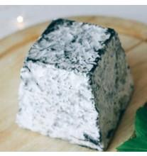 Сыр Валансе козий (за 1 кг)