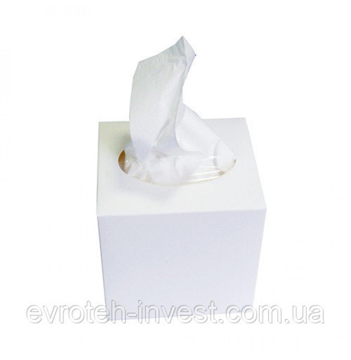 Салфетки бумажные космитич. в коробке (за 1 шт)